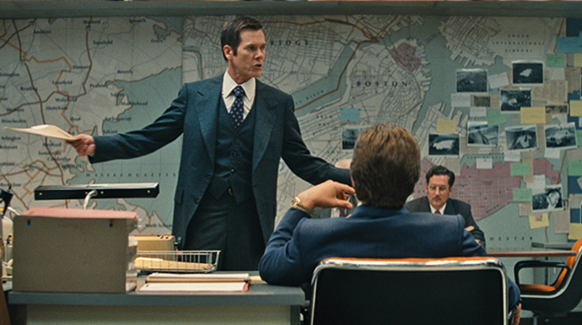 """KEVIN BACON as FBI Agent Charles McGuire in the drama """"BLACK MASS."""""""