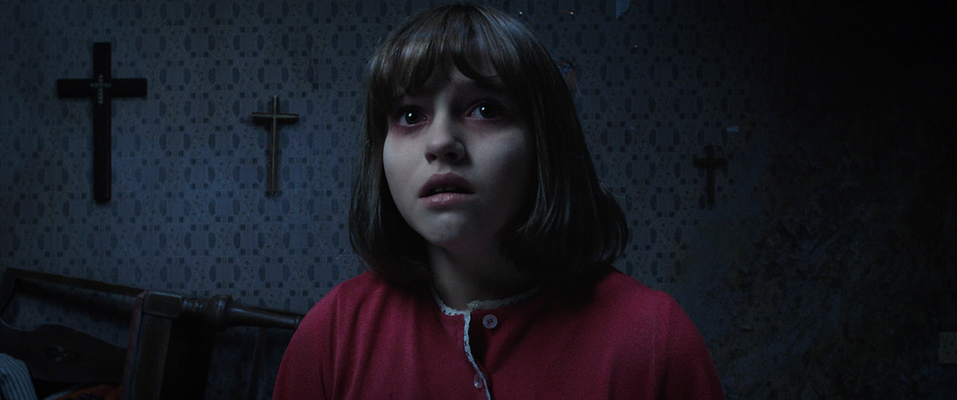 MADISON WOLFE as Janet Hodgson in red nightgown