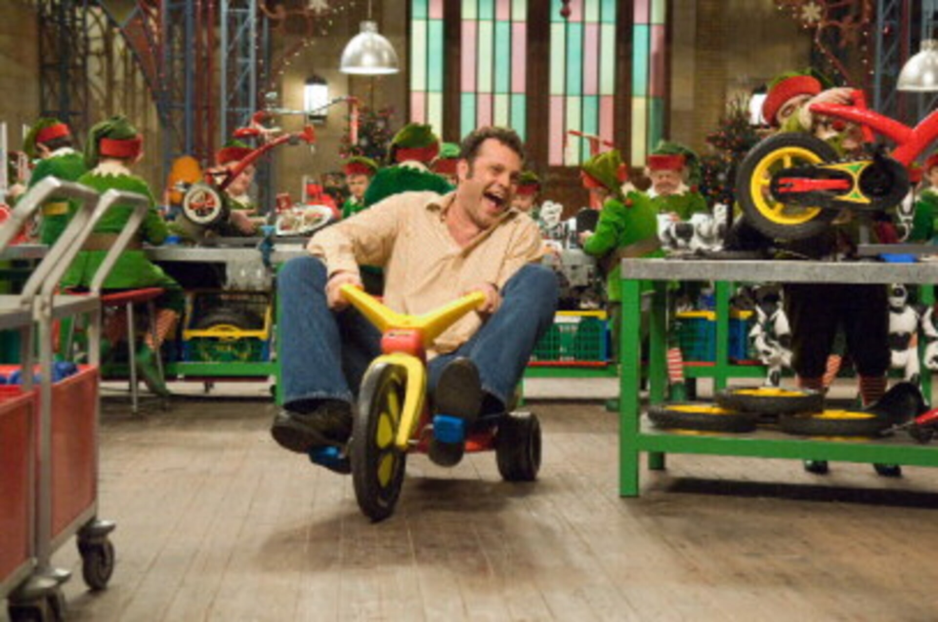 Fred Claus - Image 28