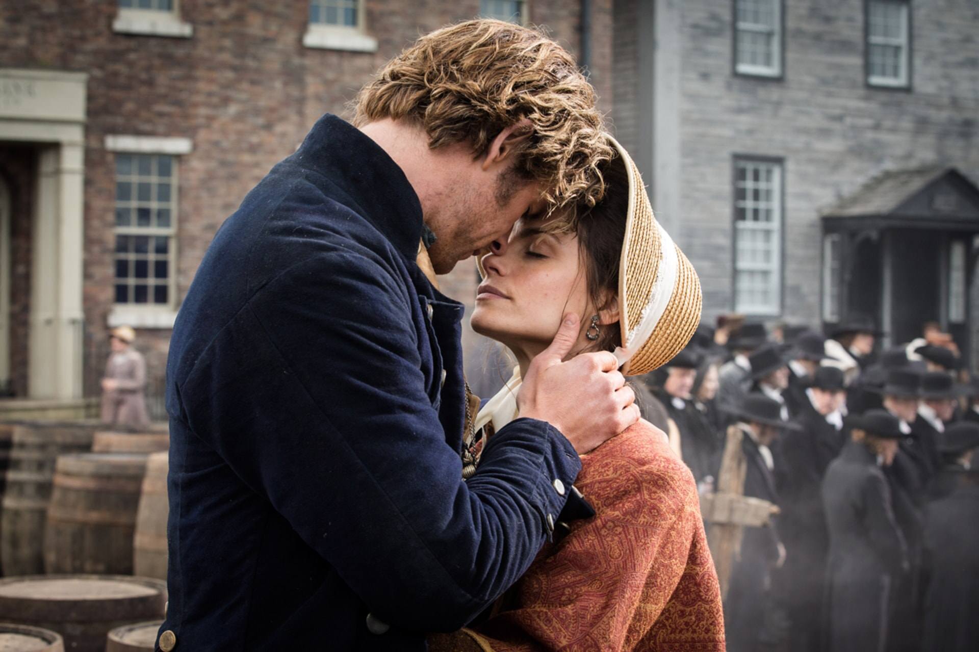"""CHRIS HEMSWORTH as Owen Chase and CHARLOTTE RILEY as Peggy Chase in Warner Bros. Pictures' and Village Roadshow Pictures' action adventure """"IN THE HEART OF THE SEA,"""" distributed worldwide by Warner Bros. Pictures and in select territories by Village Roadshow Pictures."""