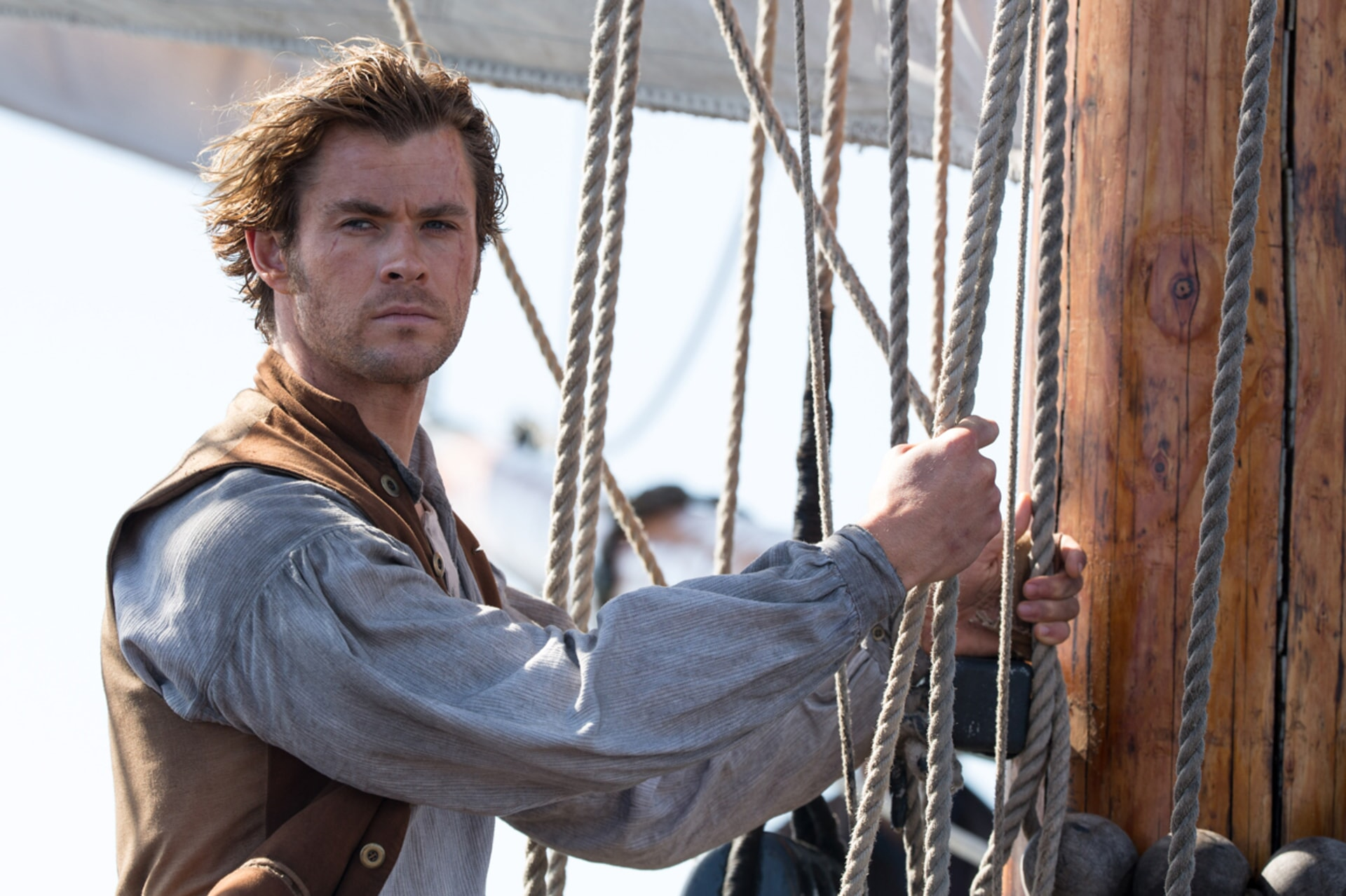 """CHRIS HEMSWORTH as Owen Chase in Warner Bros. Pictures' and Village Roadshow Pictures' action adventure """"IN THE HEART OF THE SEA,"""" distributed worldwide by Warner Bros. Pictures and in select territories by Village Roadshow Pictures."""