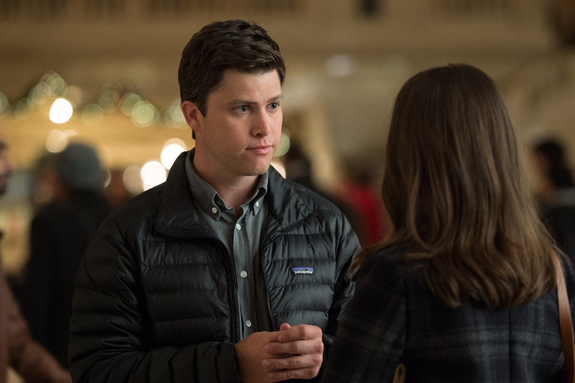 "COLIN JOST as Paul in New Line Cinema's, Metro-Goldwyn-Mayer Pictures' and Flower Films' comedy ""HOW TO BE SINGLE,"" a Warner Bros. Pictures release."