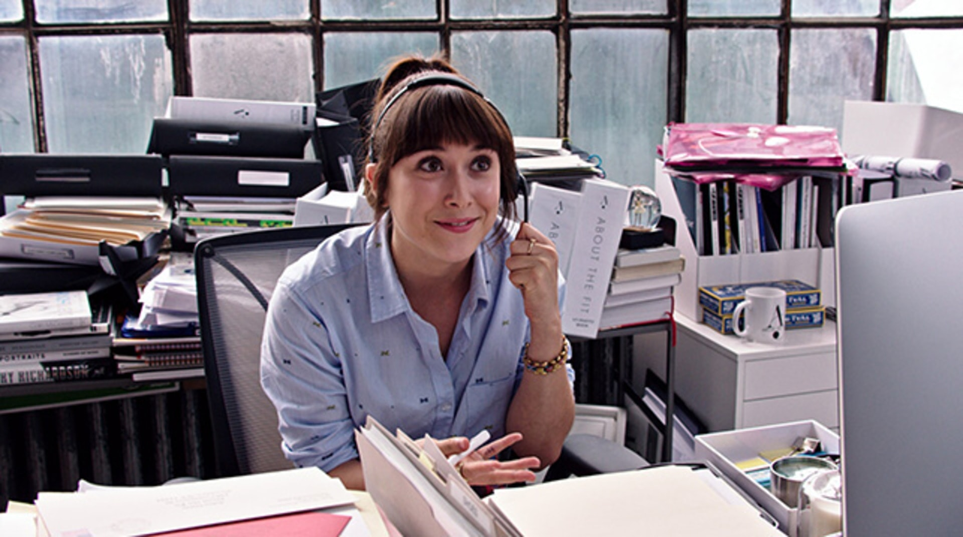 "CHRISTINA SCHERER as Becky in Warner Bros. Pictures' comedy ""THE INTERN."""