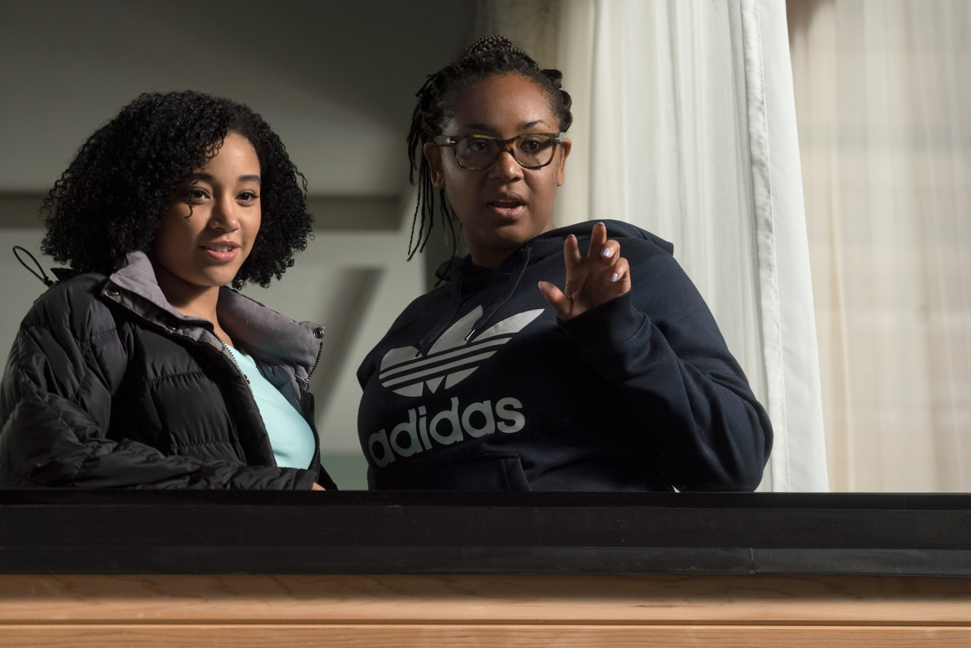 """AMANDLA STENBERG and director STELLA MEGHIE on the set of the Warner Bros. Pictures and Metro-Goldwyn-Mayer Pictures romantic drama """"EVERYTHING, EVERYTHING,"""" a Warner Bros. Pictures release."""