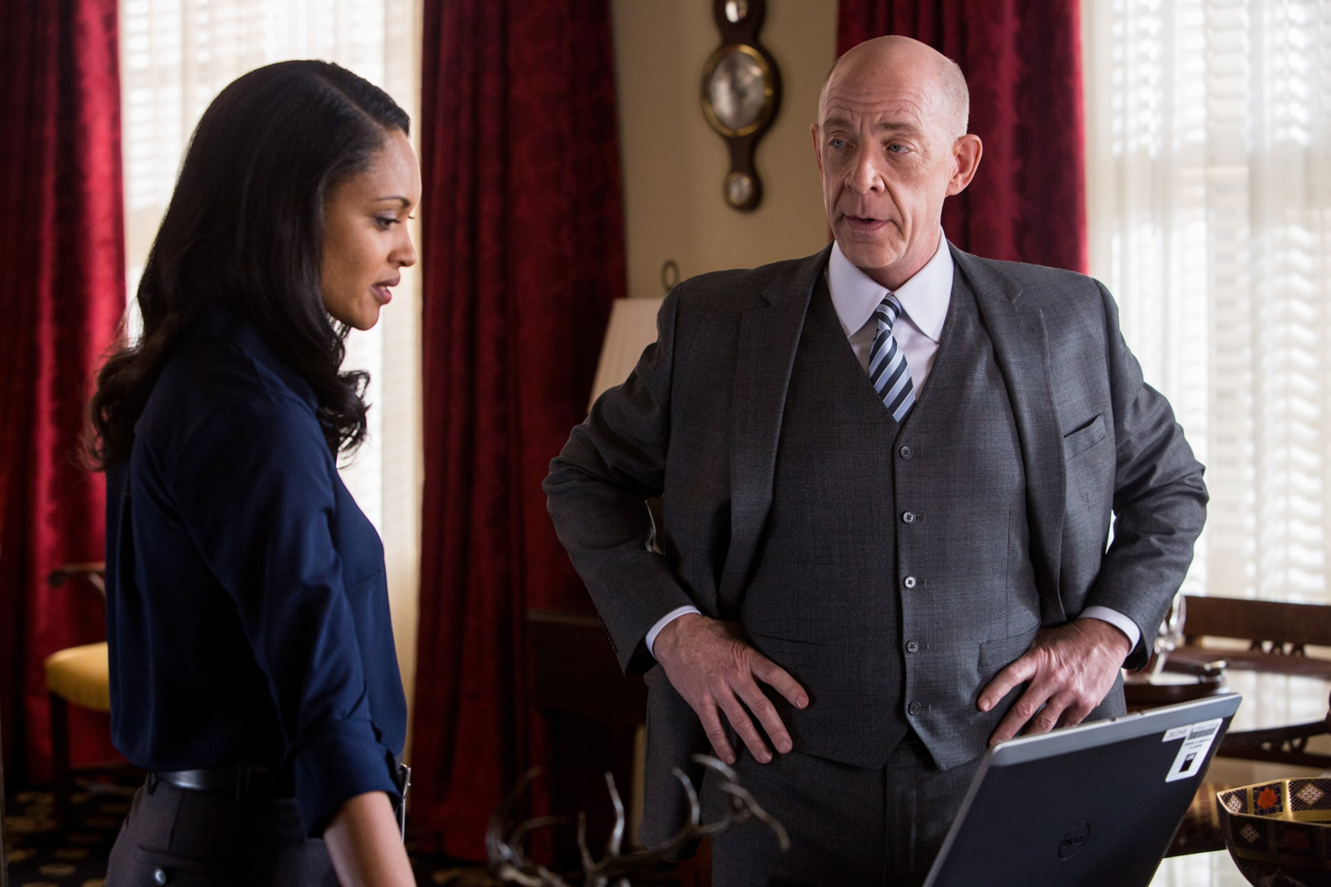 "CYNTHIA ADDAI-ROBINSON as Marybeth Medina and J.K. SIMMONS as Ray King in Warner Bros. Pictures' ""THE ACCOUNTANT,"" a Warner Bros. Pictures release."