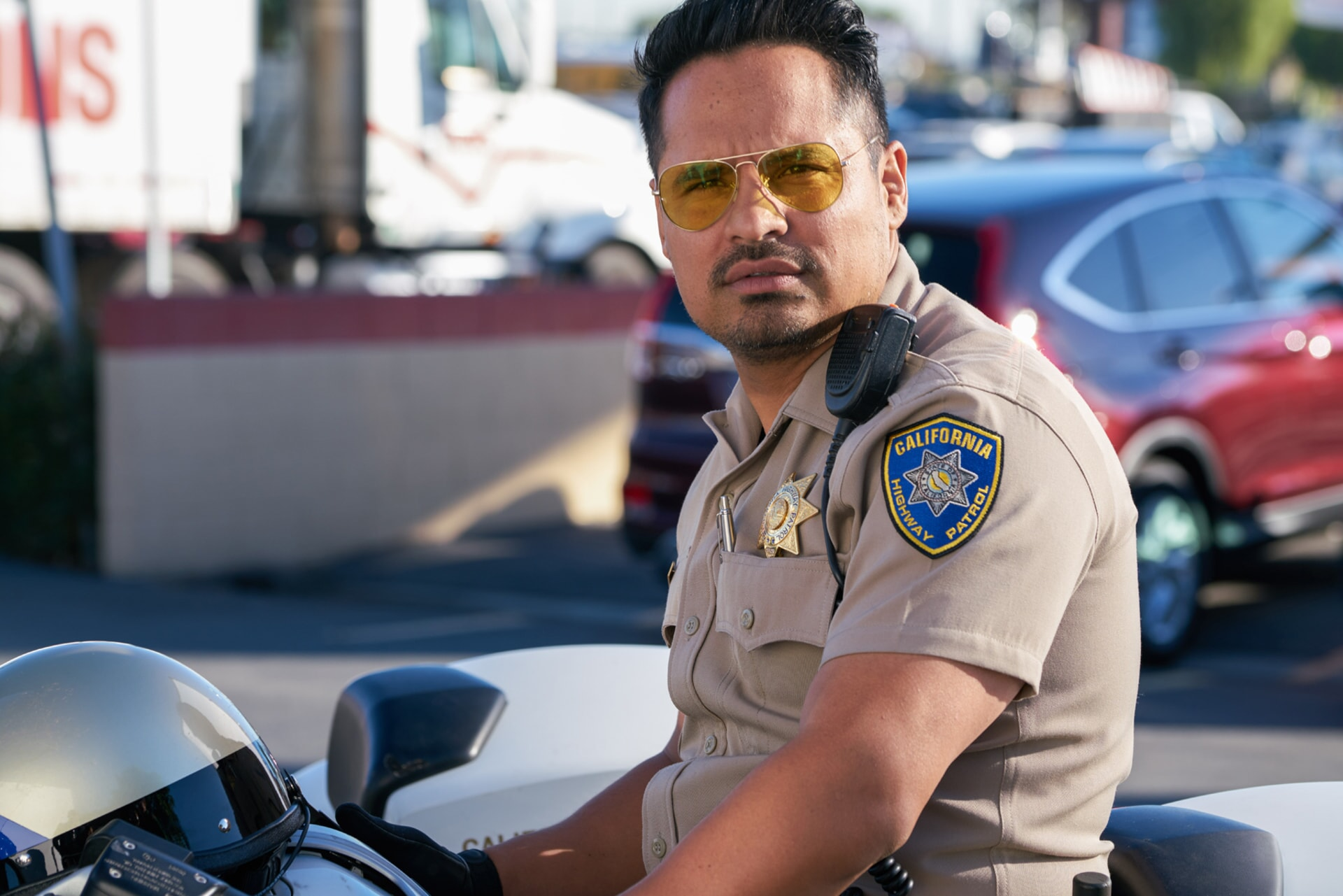 """MICHAEL PEÑA as Ponch in Warner Bros. Pictures' action comedy """"CHIPS,"""" a Warner Bros. Pictures release."""