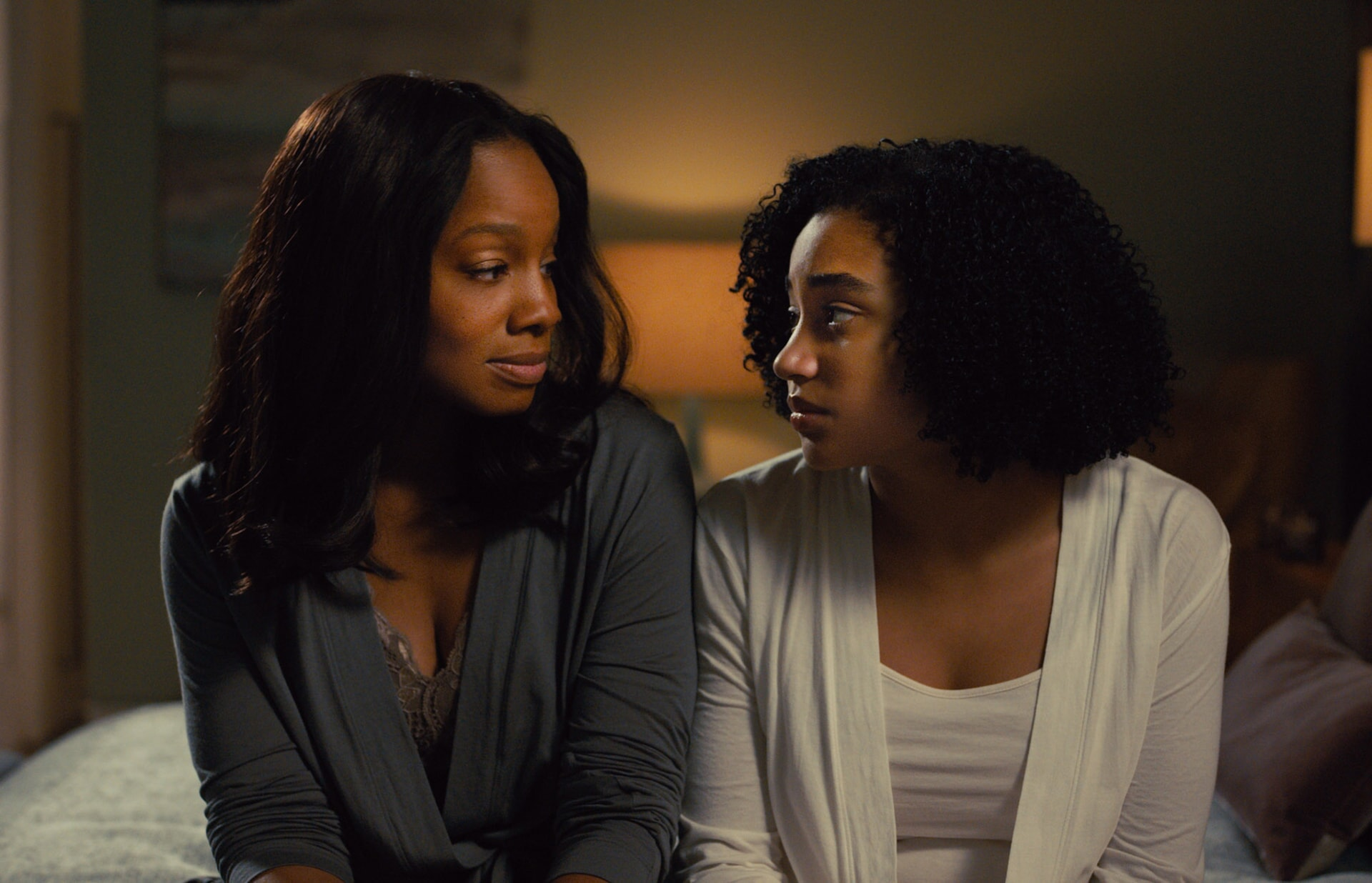 """ANIKA NONI ROSE as Pauline and AMANDLA STENBERG as Maddy in the Warner Bros. Pictures and Metro-Goldwyn-Mayer Pictures romantic drama """"EVERYTHING, EVERYTHING,"""" a Warner Bros. Pictures release."""