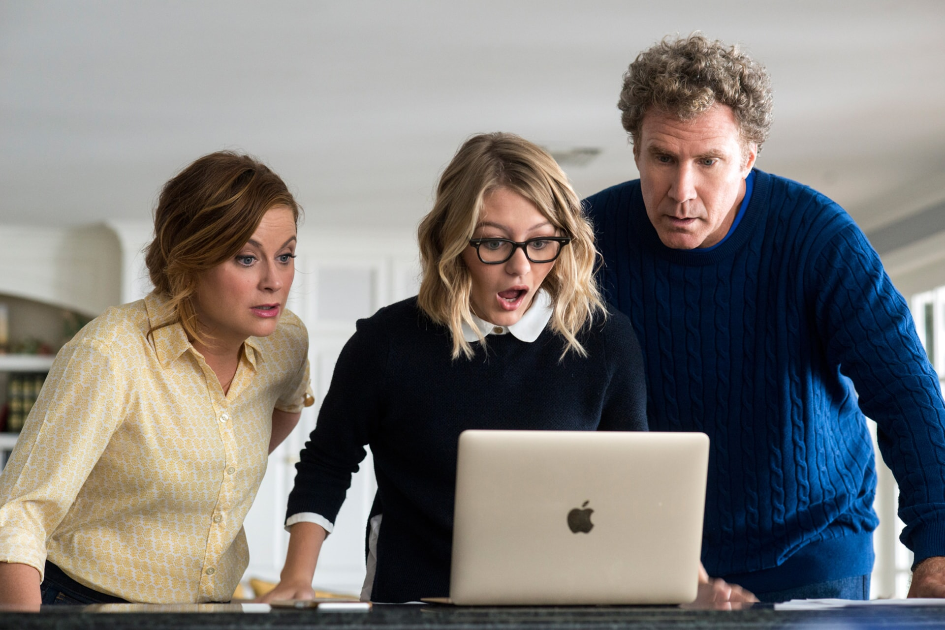 "AMY POEHLER as Kate Johansen, RYAN SIMPKINS as Alex Johansen and WILL FERRELL as Scott Johansen in the New Line Cinema and Village Roadshow Pictures comedy ""THE HOUSE,"" a Warner Bros. Pictures release."