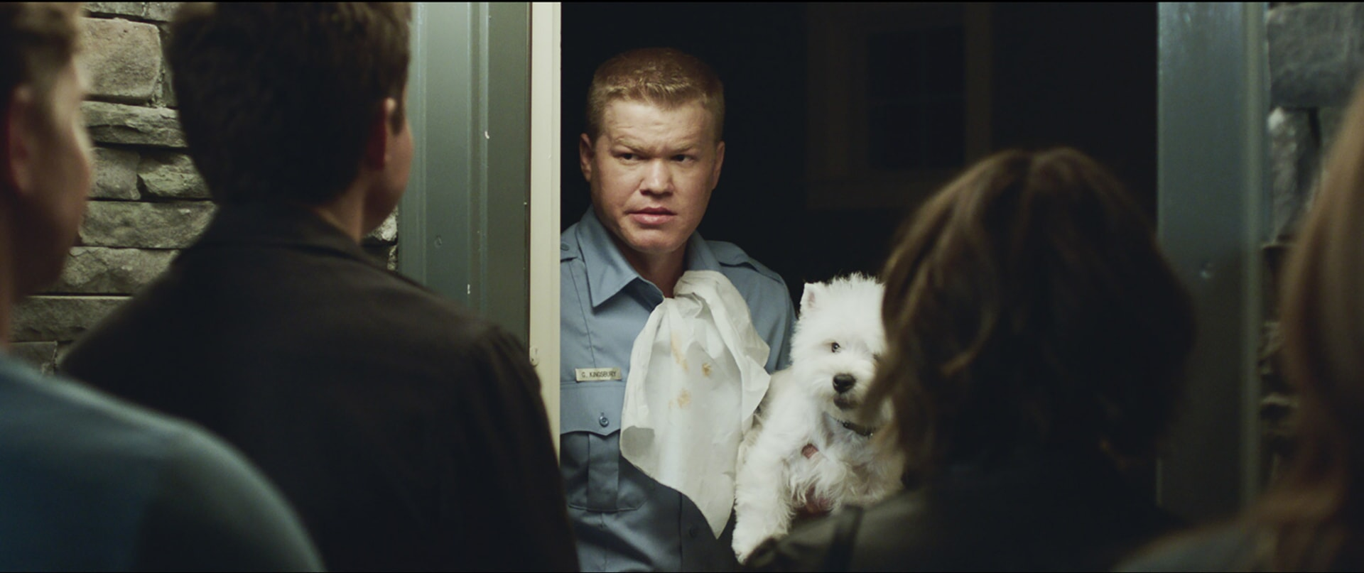 """(Center) JESSE PLEMONS as Gary in New Line Cinema's action comedy """"GAME NIGHT,"""" a Warner Bros. Pictures release."""