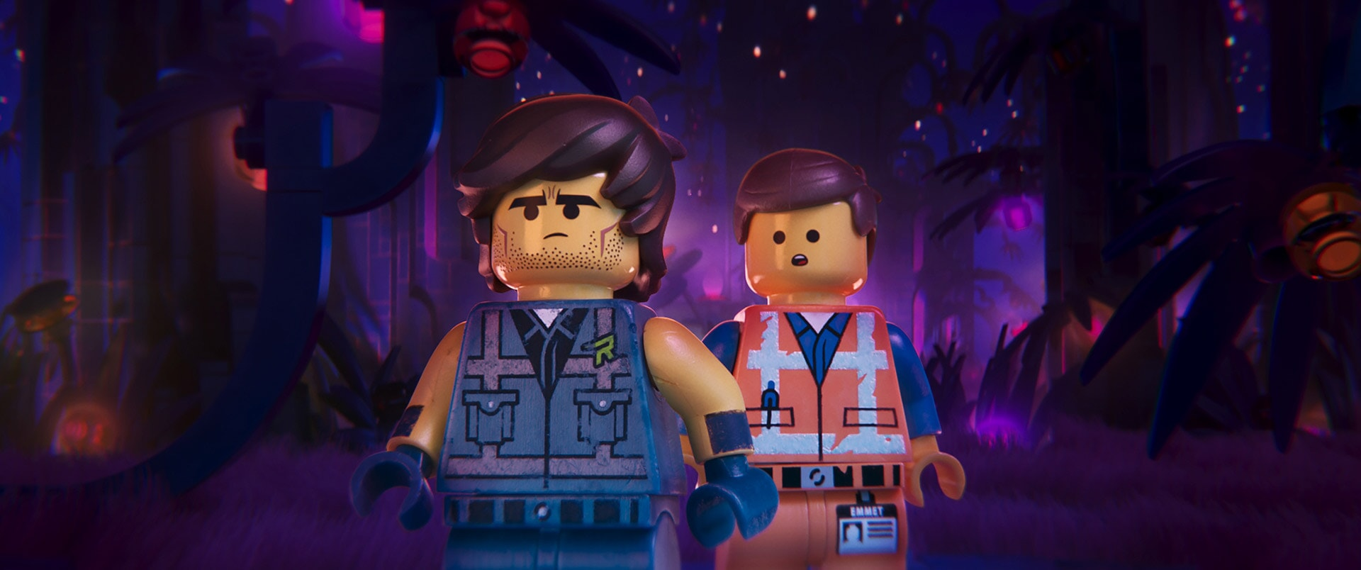 (L-R) Rex Dangervest (CHRIS PRATT) and Emmet (CHRIS PRATT)