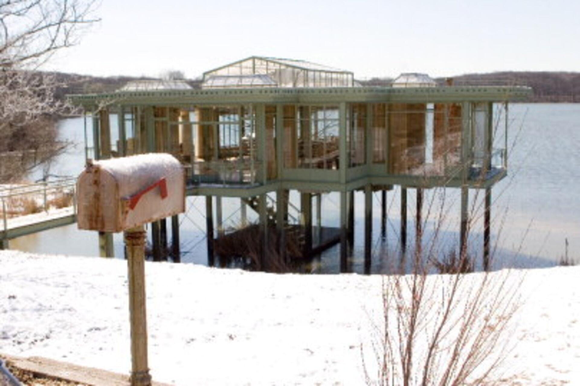 The Lake House - Image 9