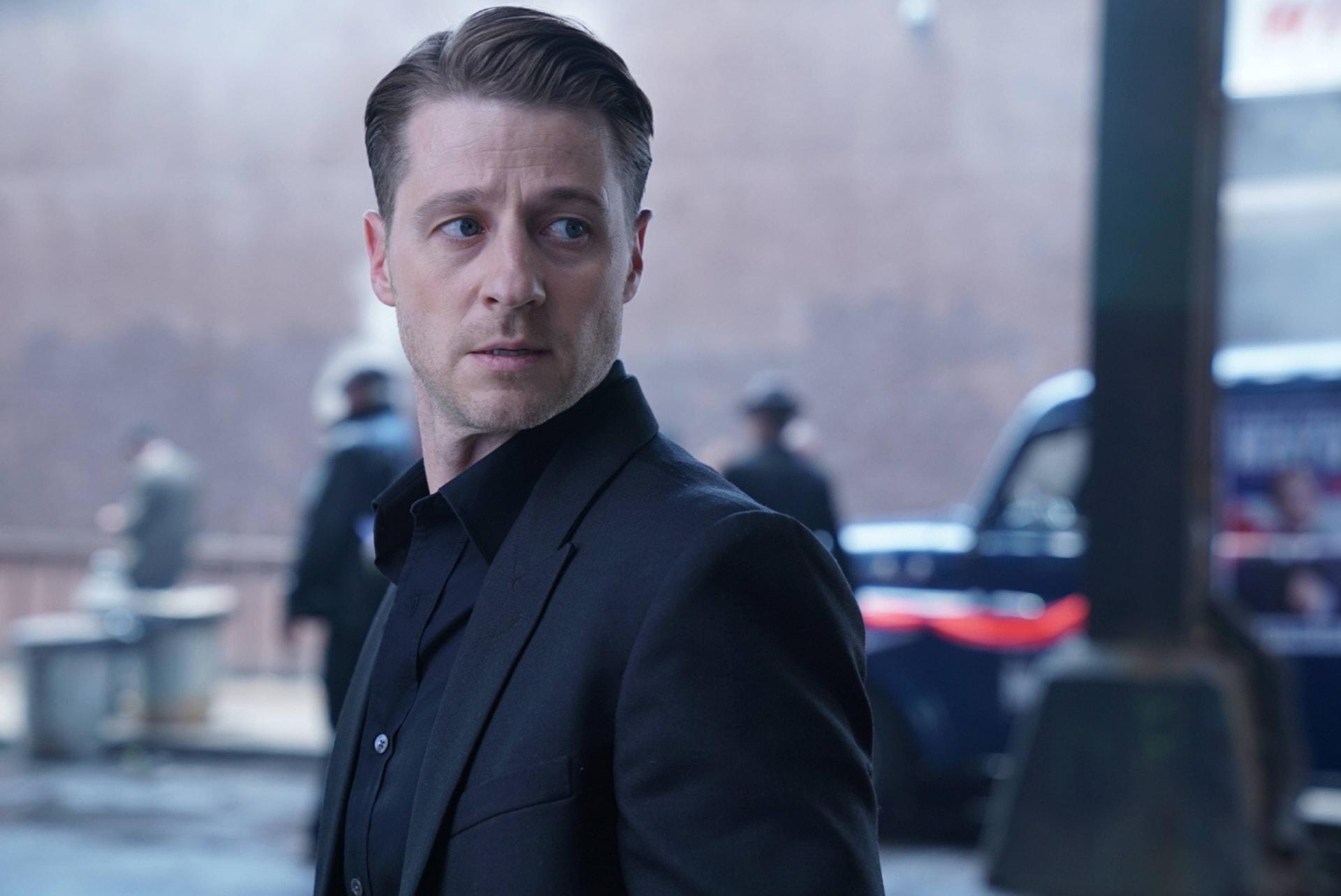 "Ben McKenzie as Detective James Gordon. Gotham 3, ep. 4 ""New Day Rising"""