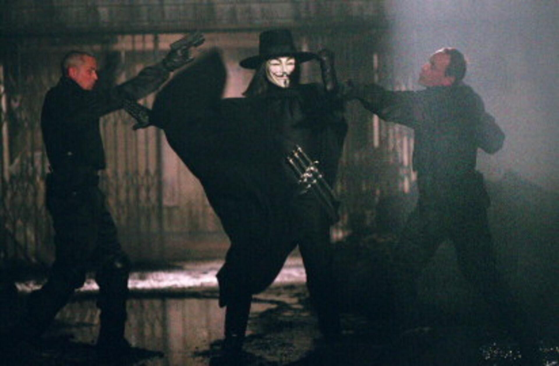 V for Vendetta - Image 2