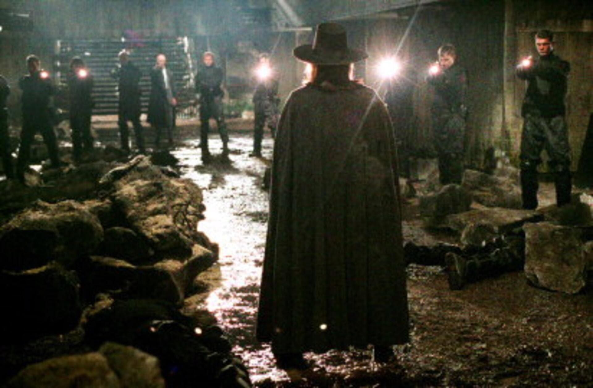 V for Vendetta - Image 7