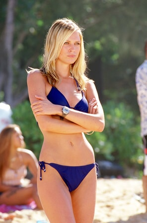 sara foster on the beach in the big bounce