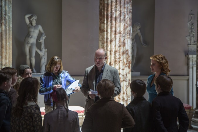 Director DAVID YATES and MARGOT ROBBIE on the set