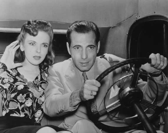 humphrey bogart and ann sheridan in they drive by night