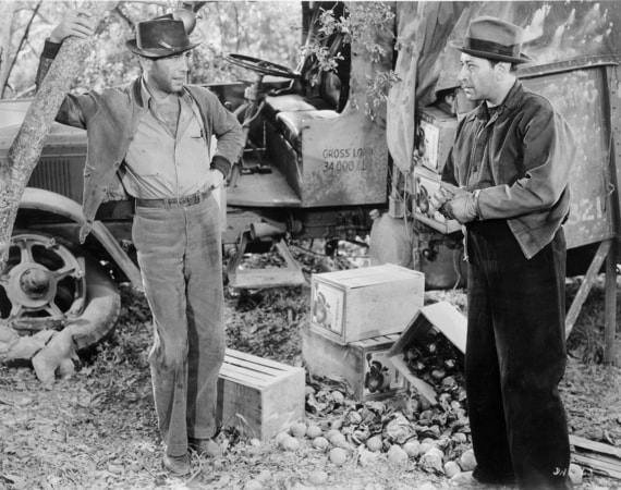 humphrey bogart, george raft in they drive by night