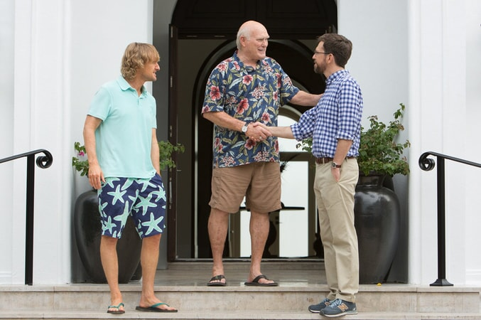 """OWEN WILSON as Kyle, TERRY BRADSHAW as himself and ED HELMS as Peter in Alcon Entertainment and Montecito Pictures' comedy """"FATHER FIGURES,"""" a Warner Bros. Pictures release."""