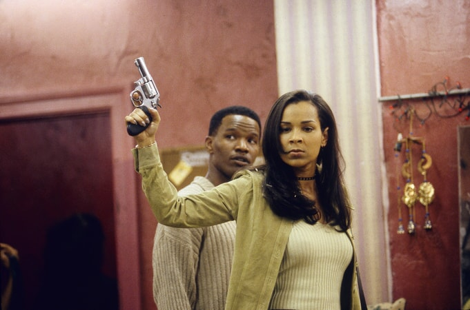 jamie foxx and lisa raye with gun in the players club