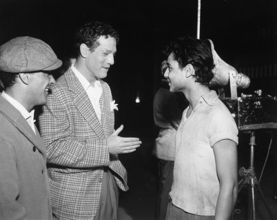 Paul Newman and Sal Mineo on the set of Somebody Up There Likes Me