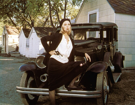 faye dunaway is bonnie parker in bonnie and clyde