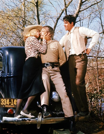 faye dunaway, denver pyle and warren beatty in bonnie and clyde