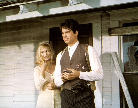 faye dunaway as bonnie parker and warren beatty as clyde barrow in bonnie and clyde