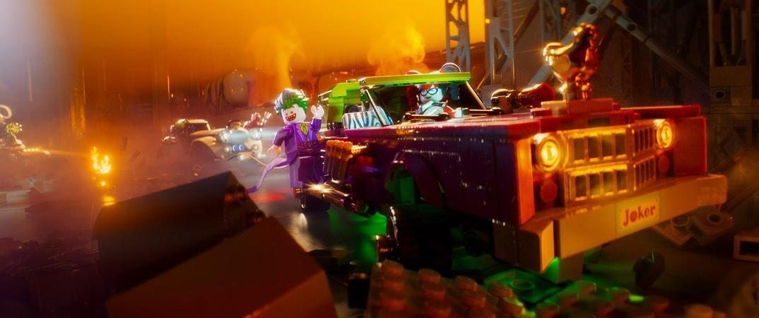 "(L-R) LEGO® minifigures The Joker (ZACH GALIFIANAKIS) and Harley Quinn (JENNY SLATE) in the animated adventure ""The LEGO Batman Movie,"""