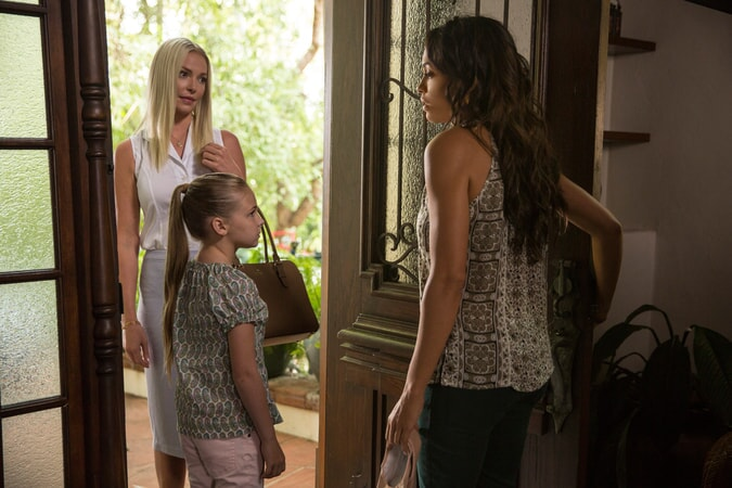 "KATHERINE HEIGL as Tessa Connover, ISABELLA KAI RICE as Lily Connover and ROSARIO DAWSON as Julia Banks in Warner Bros. Pictures' dramatic thriller ""UNFORGETTABLE,"" a Warner Bros. Pictures release."