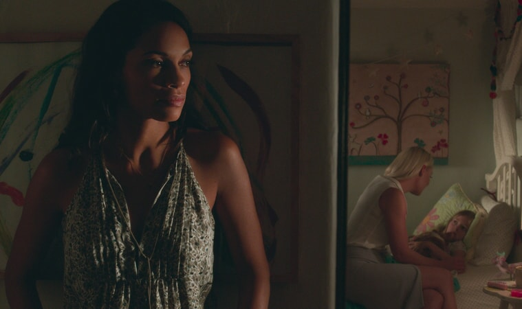 "ROSARIO DAWSON as Julia Banks, KATHERINE HEIGL as Tessa Connover and ISABELLA KAI RICE as Lily Connover in Warner Bros. Pictures' dramatic thriller ""UNFORGETTABLE,"" a Warner Bros. Pictures release."