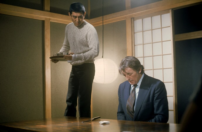 Robert Mitchum and Takakura Ken in the yakuza.