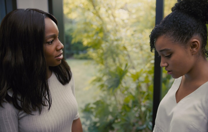 "ANIKA NONI ROSE as Pauline and AMANDLA STENBERG as Maddy in the Warner Bros. Pictures and Metro-Goldwyn-Mayer Pictures romantic drama ""EVERYTHING, EVERYTHING,"" a Warner Bros. Pictures release."
