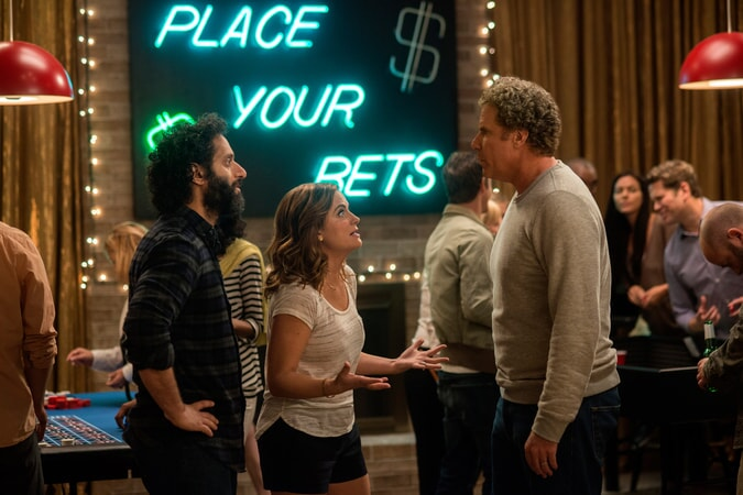 """JASON MANTZOUKAS as Frank, AMY POEHLER as Kate Johansen and WILL FERRELL as Scott Johansen in the New Line Cinema and Village Roadshow Pictures comedy """"THE HOUSE,"""" a Warner Bros."""