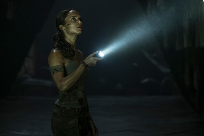 """ALICIA VIKANDER as Lara Croft in Warner Bros. Pictures' and Metro-Goldwyn-Mayer Pictures' action adventure """"TOMB RAIDER,"""" a Warner Bros. Pictures release."""