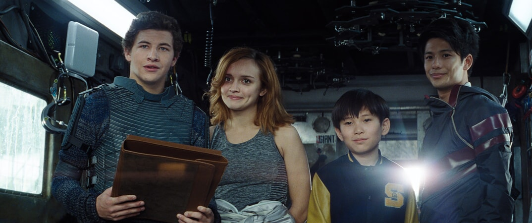 "(L-R) TYE SHERIDAN as Wade, OLIVIA COOKE as Samantha, PHILIP ZHAO as Sho and WIN MORISAKI as Daito in Warner Bros. Pictures', Amblin Entertainment's and Village Roadshow Pictures' action adventure ""READY PLAYER ONE,"" a Warner Bros. Pictures release."