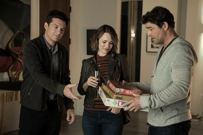 "JASON BATEMAN as Max, RACHEL McADAMS as Annie and KYLE CHANDLER as Brooks in New Line Cinema's action comedy ""GAME NIGHT,"" a Warner Bros. Pictures release."