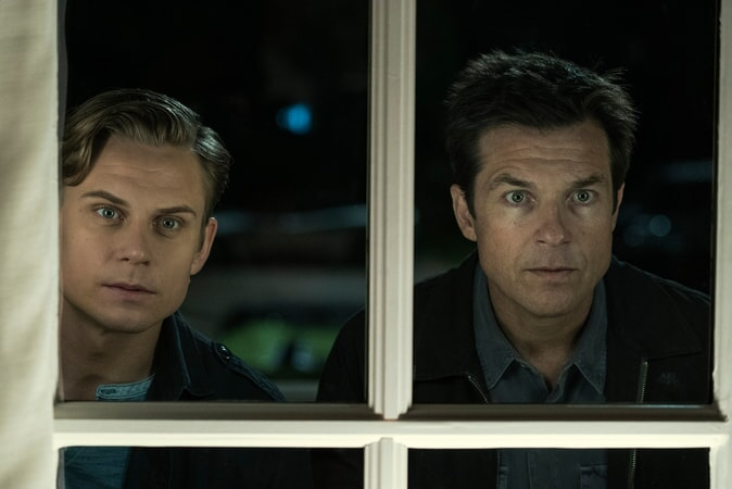 "BILLY MAGNUSSEN as Ryan and JASON BATEMAN as Max in New Line Cinema's action comedy ""GAME NIGHT,"" a Warner Bros. Pictures release."