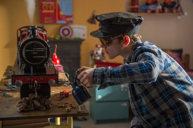 "SAMUEL JOSLIN as Jonathan Brown in the family adventure ""PADDINGTON 2,"" from Warner Bros. Pictures and STUDIOCANAL, in association with Anton Capital Entertainment S.C.A., a Warner Bros. Pictures release."