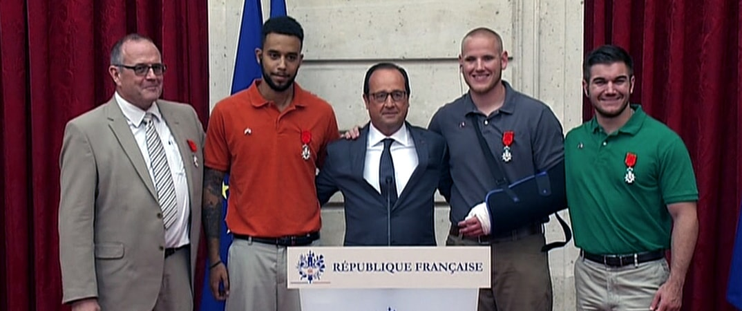 "CHRIS NORMAN as Chris, ANTHONY SADLER as Anthony, PATRICK BRAOUDÉ as Actor President Hollande, SPENCER STONE as Spencer and ALEK SKARLATOS as Alek in Warner Bros. Pictures' and Village Roadshow Pictures' ""THE 15:17 TO PARIS,"" a Warner Bros. Pictures release."