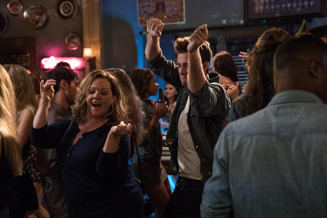 "(Center L-R) MELISSA McCARTHY as Deanna and LUKE BENWARD as Jack in New Line Cinema's comedy ""LIFE OF THE PARTY,"" a Warner Bros. Pictures' release."