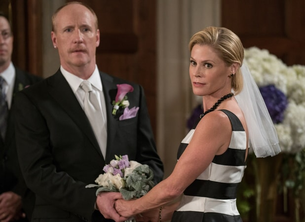 "(L-R) MATT WALSH as Dan and JULIE BOWEN as Marcie in New Line Cinema's comedy ""LIFE OF THE PARTY,"" a Warner Bros. Pictures' release."