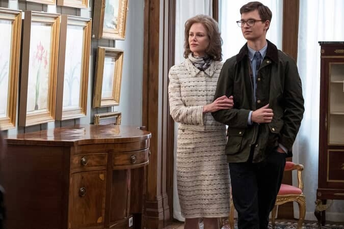(L-r) NICOLE KIDMAN as Mrs. Barbour and ANSEL ELGORT as Theo Decker