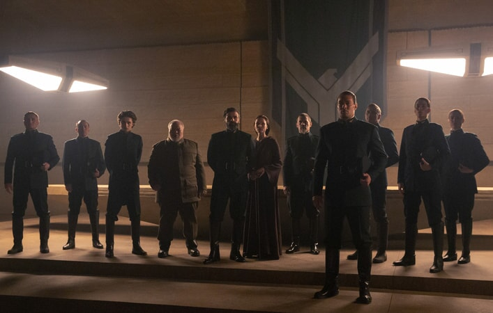 "IMOTHÉE CHALAMET as Paul Atreides, STEPHEN MCKINLEY HENDERSON as Thufir Hawat, OSCAR ISAAC as Duke Leto Atreides, REBECCA FERGUSON as Lady Jessica Atreides, JOSH BROLIN as Gurney Halleck and JASON MOMOA as Duncan Idaho in Warner Bros. Pictures and Legendary Pictures' action adventure ""DUNE."""