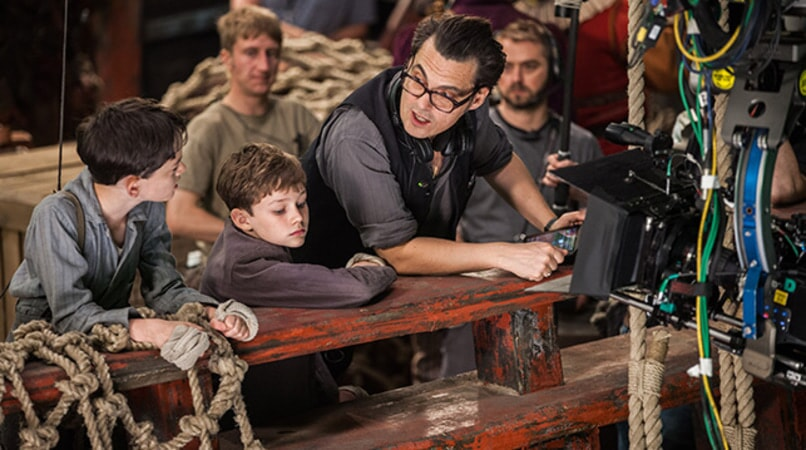 "LEWIS MACDOUGALL, LEVI MILLER and director JOE WRIGHT on the set of Warner Bros. Pictures' and RatPac-Dune Entertainment's action adventure ""PAN,"" a Warner Bros. Pictures release."