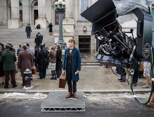 Eddie Redmayne as Newt Scamander behind the scenes