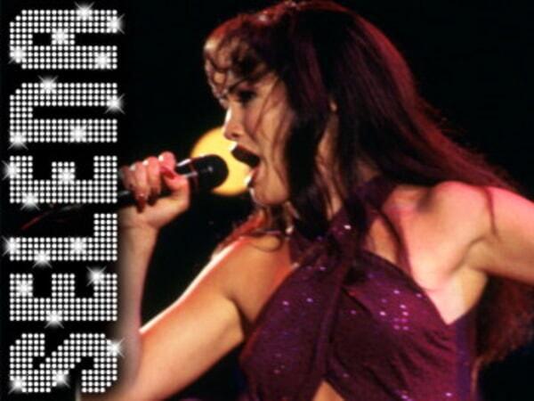 Selena - Image undefined