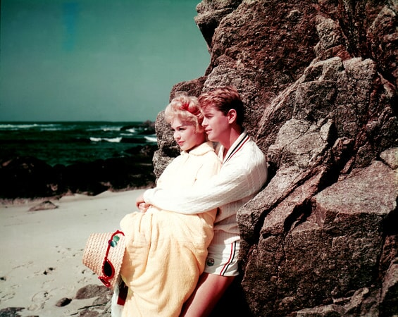 troy donahue and sandra dee in a summer place
