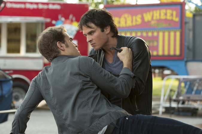 """Paul Wesley as Stefan Salvatore and Ian Somerhalder as Damon Salvatore. The Vampire Diaries 8, ep. 5 """"Coming Home Was a Mistake"""""""