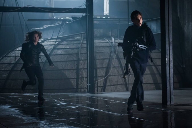 "Camren Bicondova as Selina Kyle (Future Catwoman) and David Mazouz as Bruce Wayne. Gotham 3, ep. 11 ""Beware the Green-Eyed Monster"""